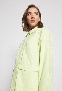 Monki - HANNA JACKET - Veste légère - light green - 5