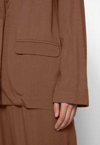 Monki - DANI - Blazer - brown dark - 5