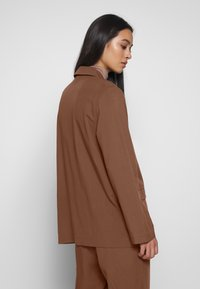 Monki - DANI - Blazer - brown dark - 2