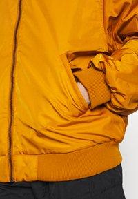 Monki - JOY BIG - Giubbotto Bomber - yellow - 6
