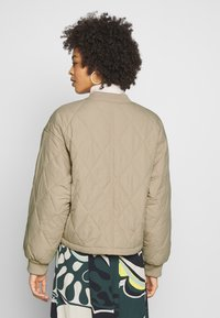 Monki - LOVIS JACKET - Bomberjacks - beige - 2