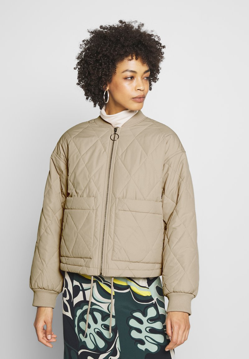 Monki - LOVIS JACKET - Bomberjacks - beige