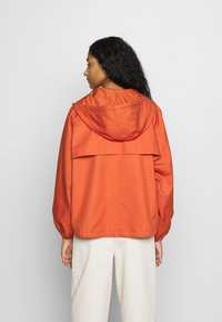 Monki - SIGNE JACKET - Lehká bunda - orange - 2
