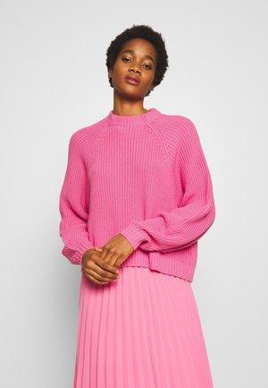 GITTY  - Sweter - pink