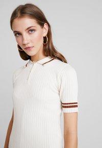 Monki - VALLE UNIQUE - Print T-shirt - off white - 5