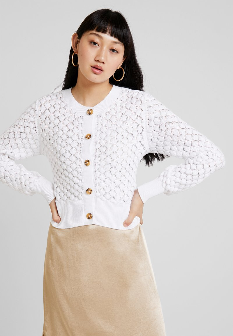 Monki - PAMELA CARDIGAN UNIQUE - Strickjacke - off white