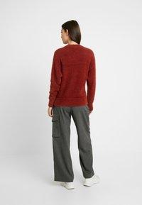 Monki - CHIBA - Stickad tröja - rost - 2