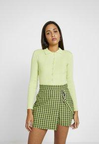 Monki - VILLYS - Vest - light green - 0