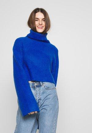 BERA - Strickpullover - blue