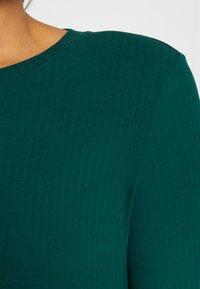 Monki - LILIANA - Maglietta a manica lunga - green - 5