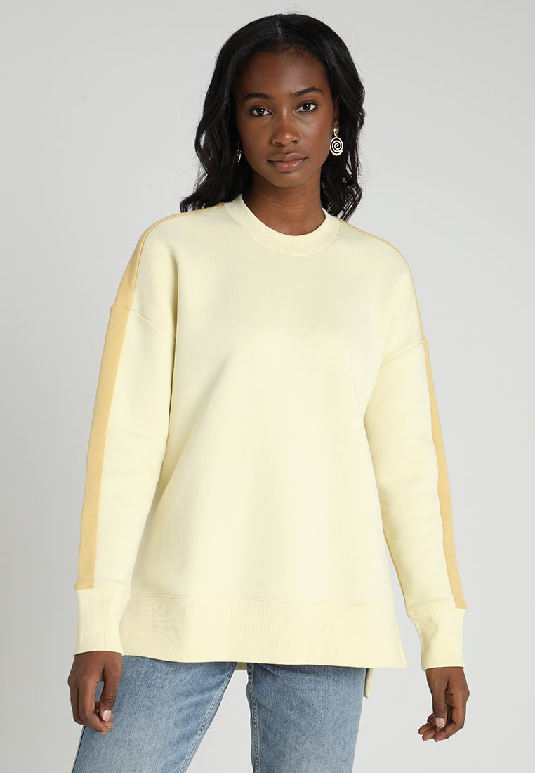 Monki - FREJA  - Sweatshirt - yellow with orange blockings