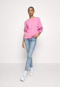 Monki - Felpa - pink medium solid - 1