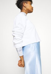 Monki - ESTRID - Sweatshirt - white - 3