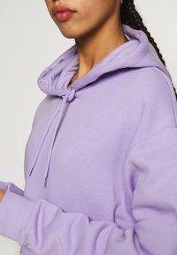 Monki - ODA - Sweat à capuche - lilac - 4
