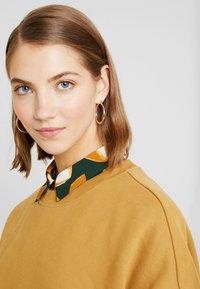 Monki - BEATA OVERSIZED - Sweatshirt - beige - 5
