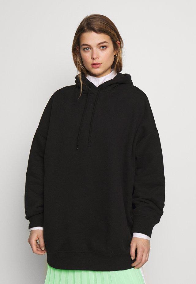 BAE HOODIE - Bluza z kapturem - black