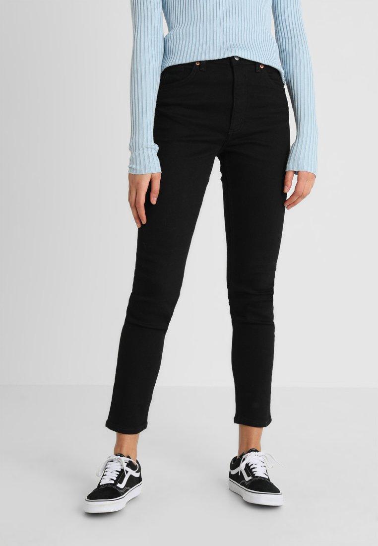 Monki - MOOP - Slim fit jeans - deep black