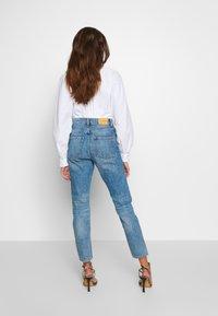 Monki - KIMOMO  - Jeans straight leg - vintage blue - 2