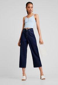 Monki - MOZIK RINSE - Flared Jeans - dark blue rinse wash - 1