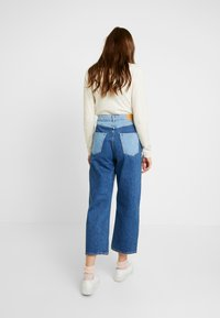 Monki - MOZIK BLOCK - Jeans relaxed fit - blue - 2