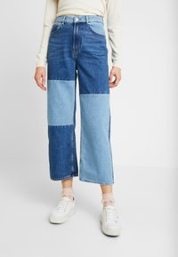 Monki - MOZIK BLOCK - Jeans relaxed fit - blue - 0