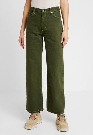 YOKO - Jeans a zampa - green