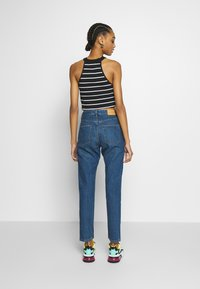 Monki - KIMOMO - Jeans straight leg - blue medium dusty - 2