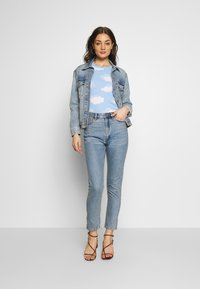 Monki - KIMOMO - Jeans straight leg - blue medium mid blue - 1