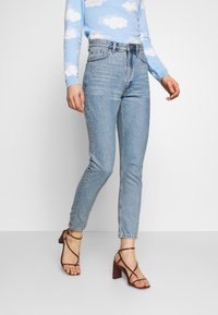 Monki - KIMOMO - Jeans straight leg - blue medium mid blue - 0