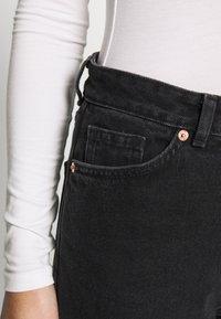 Monki - KIMOMO - Jeans straight leg - black - 3