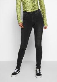 Monki - MOCKI WASHED - Jeans Skinny Fit - black dark - 0