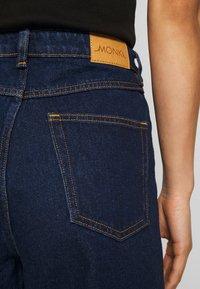 Monki - MOZIK RINSE - Jeans Relaxed Fit - blue medium dusty - 5