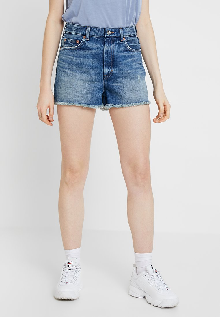 Monki - KELLY - Shorts vaqueros - blue