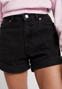 Monki - TALLIE  - Jeansshorts - washed black - 3
