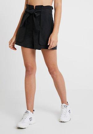 FERRY - Shorts - black