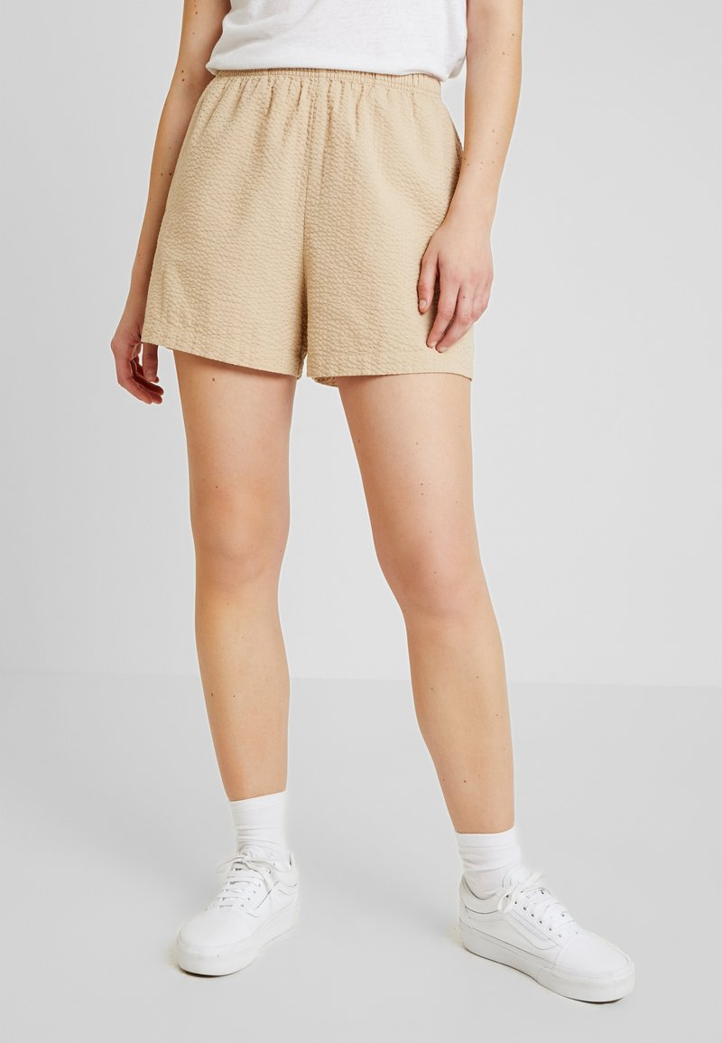 Monki - PIXI - Shortsit - beige