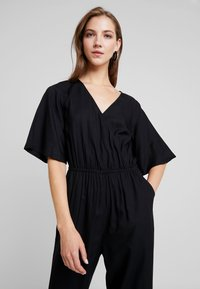 Monki - PIM UNIQUE - Overal - black - 3