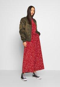 Monki - HARRIOT - Jumpsuit - red medium - 1