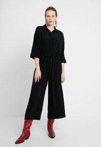 Monki - HARRIOT - Tuta jumpsuit - black - 0