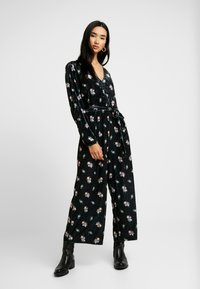 Monki - JEYJEY - Jumpsuit - black - 1