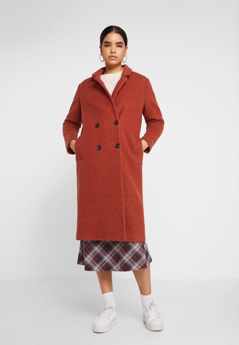 Monki - LOU COAT - Zimní kabát - dark red