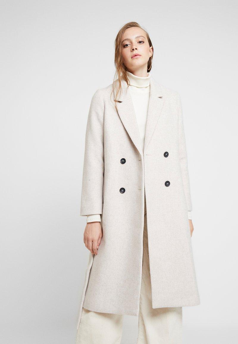 Monki - LOUISE COAT - Zimní kabát - light grey