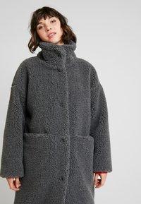 Monki - SASHI COAT - Classic coat - grey melange - 3
