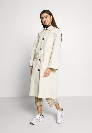 AUDREY COAT - Trenčkot - beige dusty