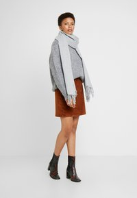 Monki - FLO SCARF - Sjal - light grey - 0