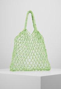 Monki - NICOLE BAG UNIQUE - Torba na zakupy - green - 2
