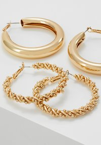 Monki - 2PACK SISSI HOOPS - Pendientes - gold-coloured - 4