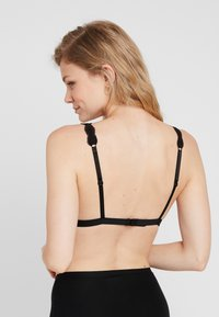Monki - LUCIANA BRA 2 PACK - Triangel-BH - black - 2