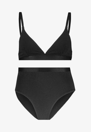 UNDERWEAR SET - Kalhotky/slipy - black