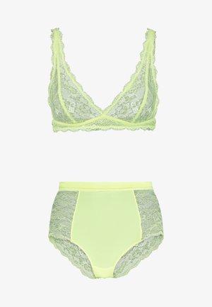 LONNIE & OMA UNDERWEAR SET - Kalhotky/slipy - neon yellow